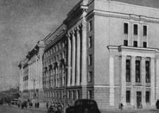 Дом ЮУЖД: первый советский офис.