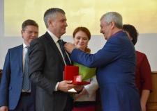 Поздравляем лауреатов премии Законодательного Собрания Челябинской области И.И.Вишева и Н.А.Антипина