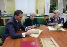 Фотографии как свидетельство эпохи: в архиве будет создан личный фонд известного фотомастера Юрия Теуша