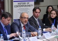 Историки обсудили методику изучения современности